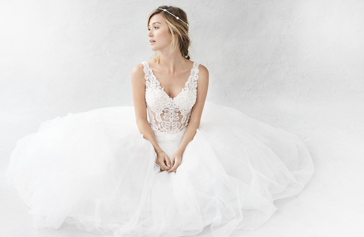 11 Tips for Choosing the Wedding Dress of Your Dreams